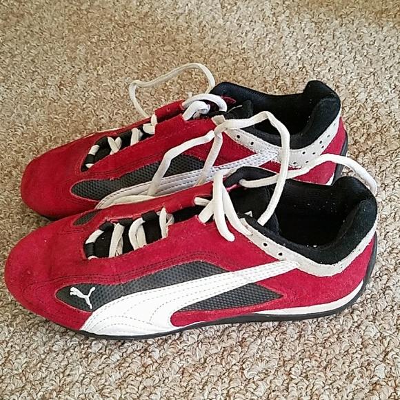 Old school retro puma sneakers. M 5aa2f3cb9cc7efb374f48f07 10028005d